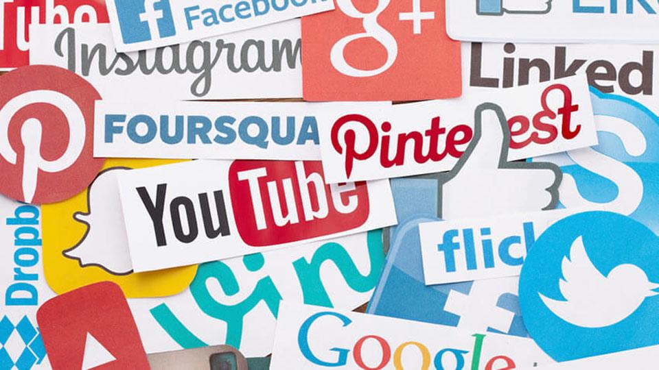 Voditelj društvenih mreža